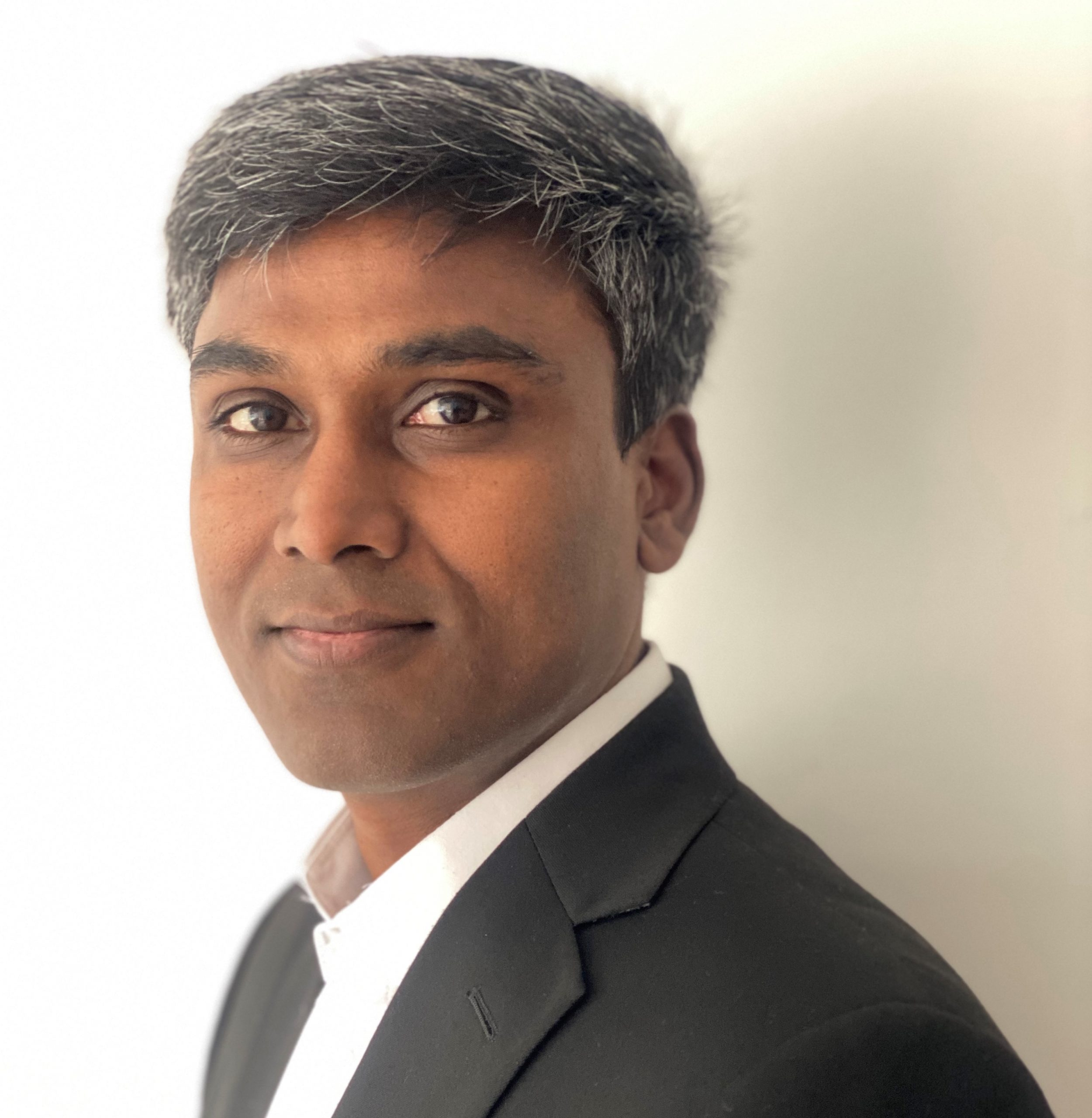 Anand Parkunan MSc PT (Keele University), MSK Ultrasound (University of East London), PG Clinical Research (Cambridge)